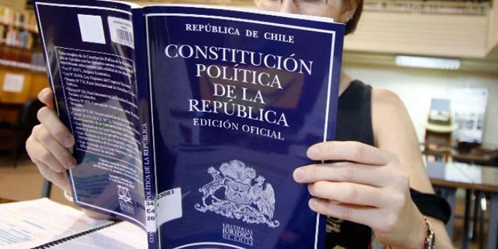 ComunidadMujer constitucion-agencia-uno_81 Institucionales Mujer y política Mujer y trabajo Noticias Noticias destacadas