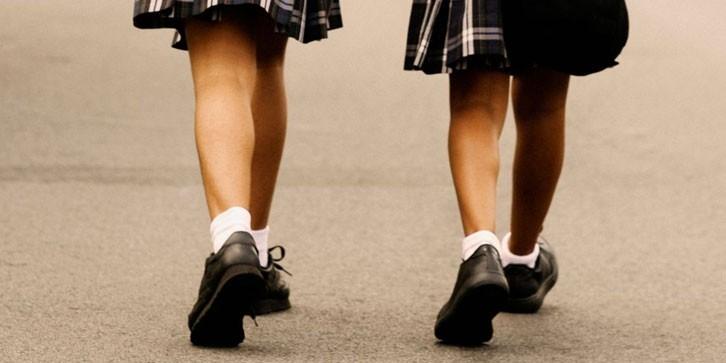 ComunidadMujer school-girls-A Género y educación Noticias Noticias destacadas